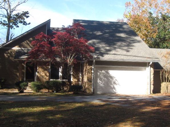 3 bed 3 bath Single Family at 3195 Landing Way Orangeburg, SC, 29118 is for sale at 380k - 1 of 26