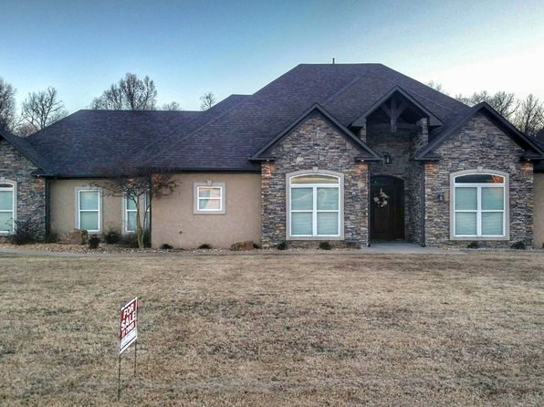 4 bed 2 bath Single Family at 37 Colt Loop Greenbrier, AR, 72058 is for sale at 269k - 1 of 22