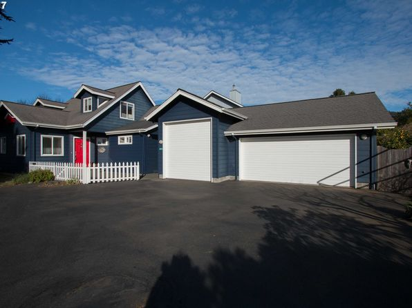 2 bed 2 bath Single Family at 15955 Short Way Brookings, OR, 97415 is for sale at 449k - 1 of 17
