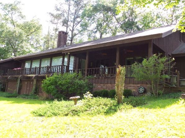 3 bed 4 bath Single Family at 1538 W 20th St Laurel, MS, 39440 is for sale at 250k - 1 of 33