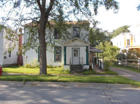 3 bed 1 bath Single Family at 19 GENESEE ST NEW BERLIN, NY, 13411 is for sale at 34k - 1 of 9