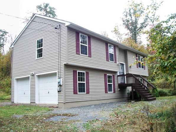 4 bed 3 bath Single Family at 1303 Coolbaugh Rd East Stroudsburg, PA, 18302 is for sale at 155k - 1 of 16