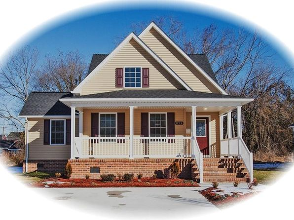 3 bed 3 bath Single Family at 824 W Queen St Hampton, VA, 23669 is for sale at 195k - 1 of 23