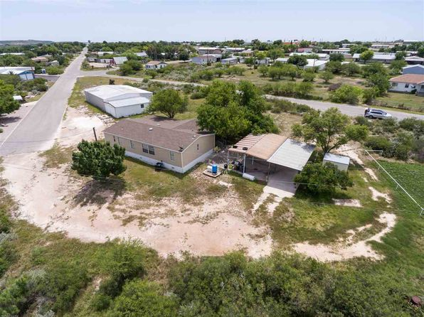 3 bed 2 bath Mobile / Manufactured at 402 Anchor St Del Rio, TX, 78840 is for sale at 159k - 1 of 25