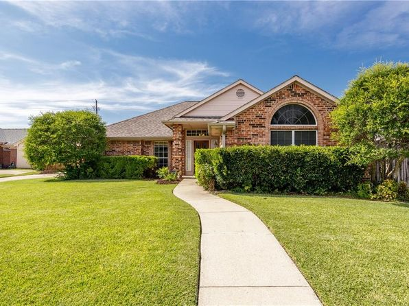 3 bed 2 bath Single Family at 2142 Tiburon Carrollton, TX, 75006 is for sale at 265k - 1 of 27