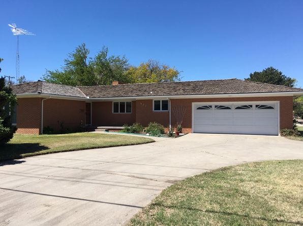 3 bed 2 bath Single Family at 921 N Anderson St Garden City, KS, 67846 is for sale at 235k - 1 of 11