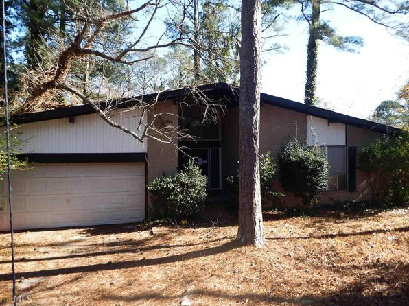 3 bed 2 bath Single Family at 1296 Carrollwood Way Stone Mountain, GA, 30083 is for sale at 90k - 1 of 8