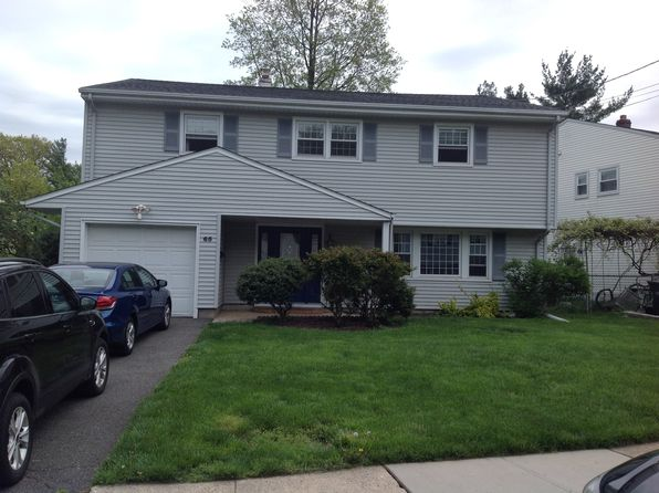 5 bed 3 bath Single Family at 65 Sharon Ct Metuchen, NJ, 08840 is for sale at 430k - 1 of 23
