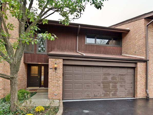 3 bed 3 bath Townhouse at 1805 Wildberry Dr Glenview, IL, 60025 is for sale at 490k - 1 of 29