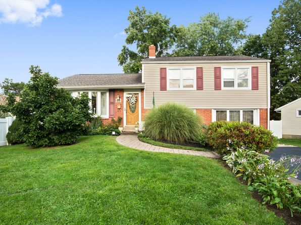 3 bed 2 bath Single Family at 634 7th Ave Swarthmore, PA, 19081 is for sale at 299k - 1 of 19