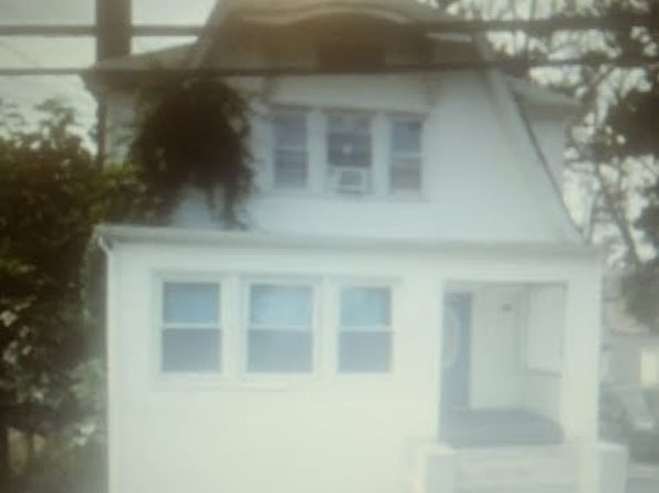 4 bed 2 bath Single Family at Undisclosed Address FAR ROCKAWAY, NY, 11691 is for sale at 599k - google static map