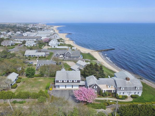 5 bed 4.5 bath Single Family at 16 Highbank Cir Dennis Port, MA, 02639 is for sale at 2.00m - 1 of 33