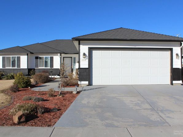 3 bed 2 bath Single Family at 2119 NW ELM AVE REDMOND, OR, 97756 is for sale at 276k - 1 of 18