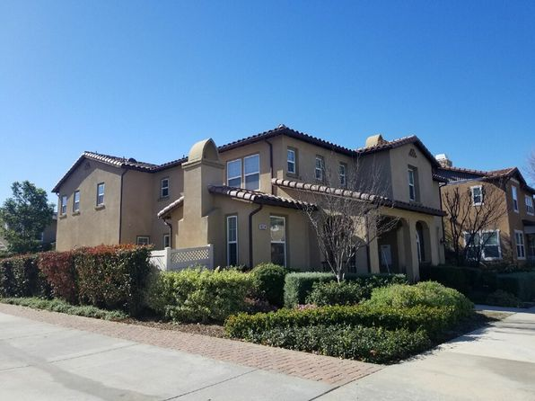 3 bed 3 bath Townhouse at 8174 QUARTZ ST VENTURA, CA, 93004 is for sale at 589k - 1 of 7