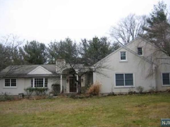 4 bed 3 bath Single Family at Undisclosed Address Little Falls, NJ, 07424 is for sale at 432k - google static map