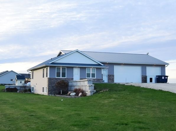 3 bed 2 bath Single Family at 1587 240th St Manchester, IA, 52057 is for sale at 232k - 1 of 20
