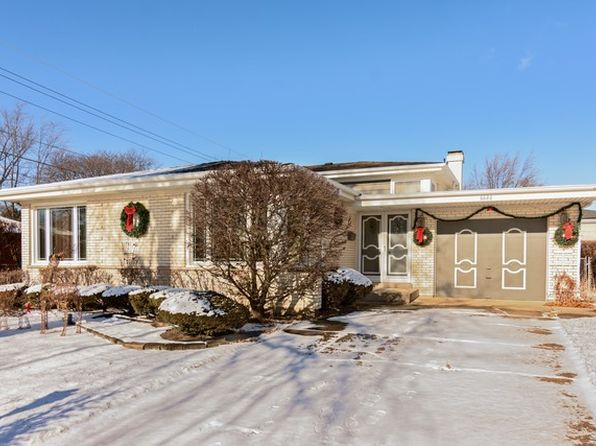 3 bed 2 bath Single Family at 6646 Davis St Morton Grove, IL, 60053 is for sale at 390k - 1 of 30