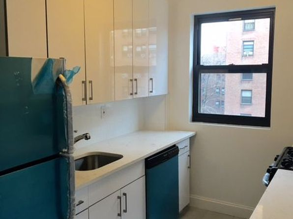 3 bed 2 bath Condo at 9952 66th Rd Rego Park, NY, 11374 is for sale at 529k - 1 of 7