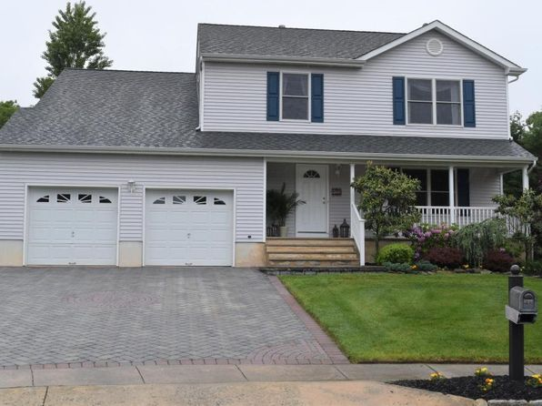 4 bed 3 bath Single Family at 833 Victory Ave Brick, NJ, 08723 is for sale at 375k - 1 of 21