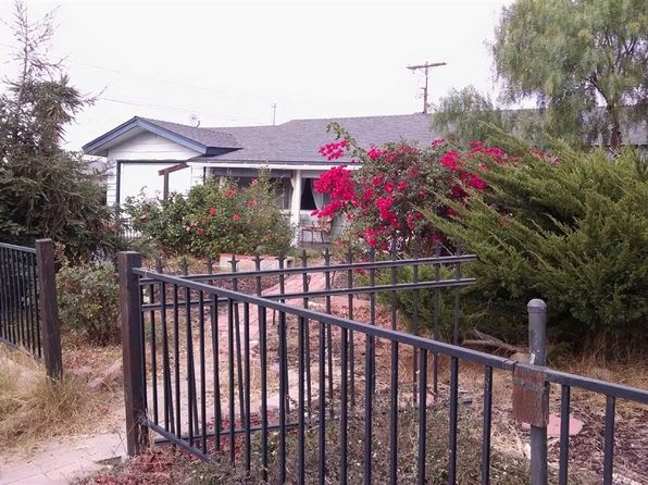 2 bed 1 bath Single Family at 727 W California Ave Vista, CA, 92083 is for sale at 390k - 1 of 8