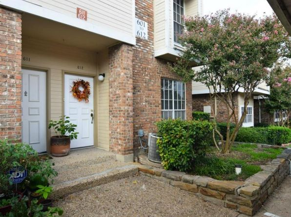 2 bed 3 bath Condo at 3550 Country Square Dr Carrollton, TX, 75006 is for sale at 145k - 1 of 12