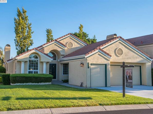 2 bed 2 bath Single Family at 1080 Saint Andrews Dr Discovery Bay, CA, 94505 is for sale at 559k - 1 of 29