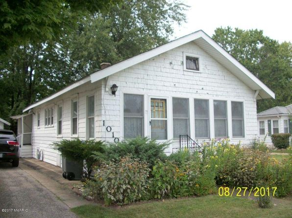 2 bed 1 bath Single Family at 1010 N Nottawa St Sturgis, MI, 49091 is for sale at 35k - 1 of 8