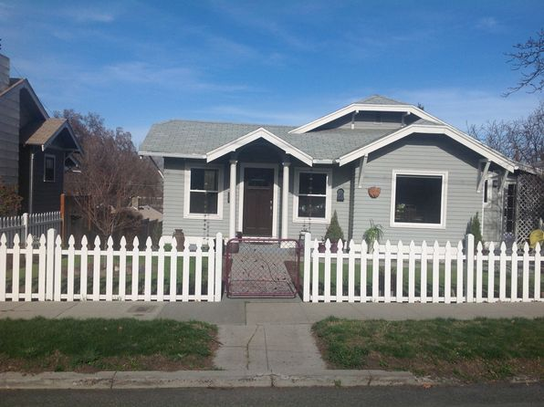 3 bed 2 bath Single Family at 509 E 10TH ST THE DALLES, OR, 97058 is for sale at 295k - 1 of 38