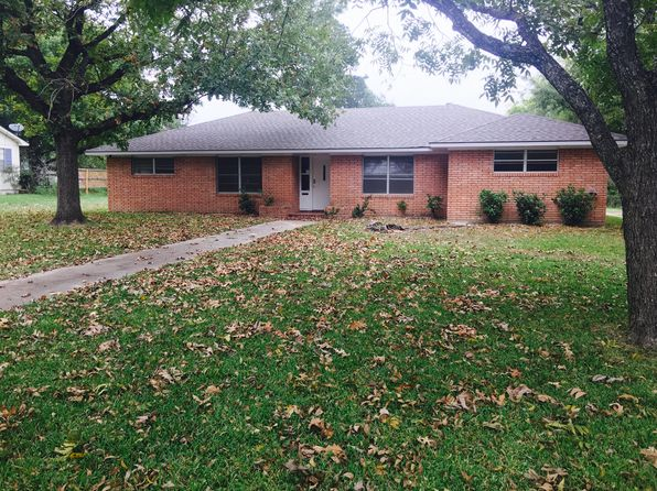 4 bed 3 bath Single Family at 312 N Post Oak St Navasota, TX, 77868 is for sale at 159k - 1 of 10