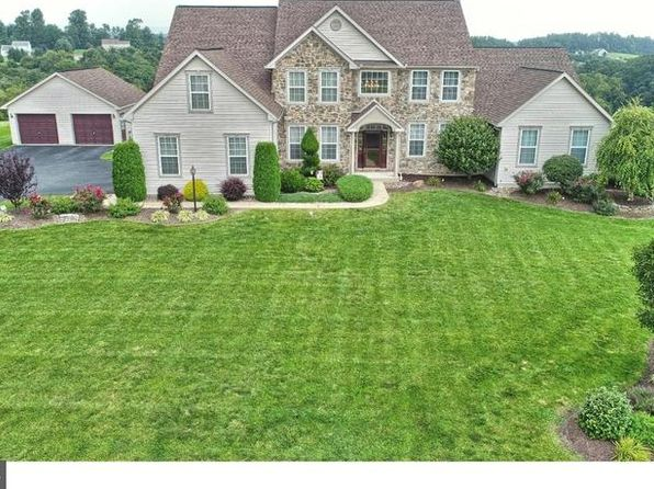 5 bed 6 bath Single Family at 701 Eagleview Dr Mohrsville, PA, 19541 is for sale at 490k - 1 of 25