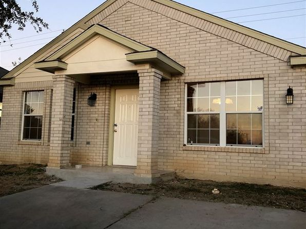 3 bed 2 bath Single Family at 135 Barracuda Dr Laredo, TX, 78043 is for sale at 130k - 1 of 13