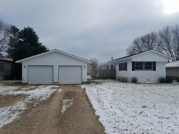 3 bed 2 bath Mobile / Manufactured at 929 W Iowa St Lake City, MN, 55041 is for sale at 70k - 1 of 4