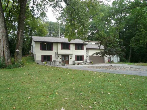 3 bed 3 bath Single Family at 2905 44th St Rock Island, IL, 61201 is for sale at 173k - 1 of 22