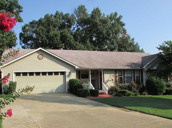 3 bed 2 bath Single Family at 870 Country Club Dr Greenwood, AR, 72936 is for sale at 158k - 1 of 26