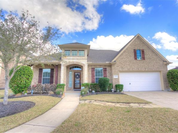 3 bed 3 bath Single Family at 12901 SOUTHERN RIDGE DR PEARLAND, TX, 77584 is for sale at 315k - 1 of 28