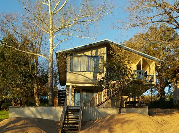 2 bed 1 bath Single Family at 867 Sandy Mountain Dr Sunrise Beach, TX, 78643 is for sale at 255k - 1 of 19