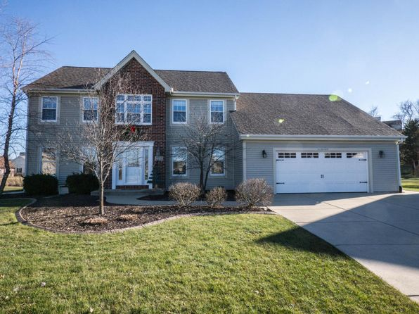 3 bed 3 bath Single Family at W233N7638 Berrywood Ct Sussex, WI, 53089 is for sale at 375k - 1 of 23