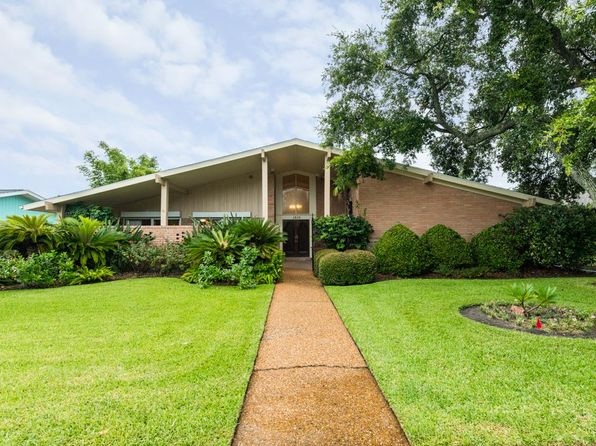 3 bed 2.5 bath Single Family at 1510 Driftwood Ln Galveston, TX, 77551 is for sale at 425k - 1 of 25