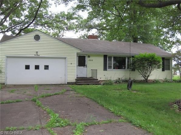 3 bed 1 bath Single Family at 220 Southwood Dr Elyria, OH, 44035 is for sale at 70k - 1 of 13