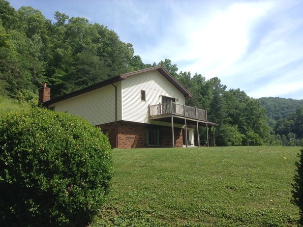 3 bed 3 bath Single Family at 1161 Buskirk Rd Grundy, VA, 24614 is for sale at 225k - 1 of 14