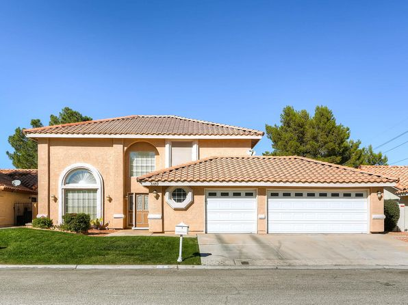 4 bed 3 bath Single Family at 3180 Lipton Ct Las Vegas, NV, 89121 is for sale at 320k - 1 of 25