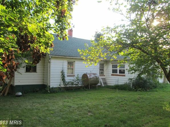 3 bed 1 bath Single Family at 13070 Stonehouse Mountain Rd Culpeper, VA, 22701 is for sale at 90k - 1 of 28
