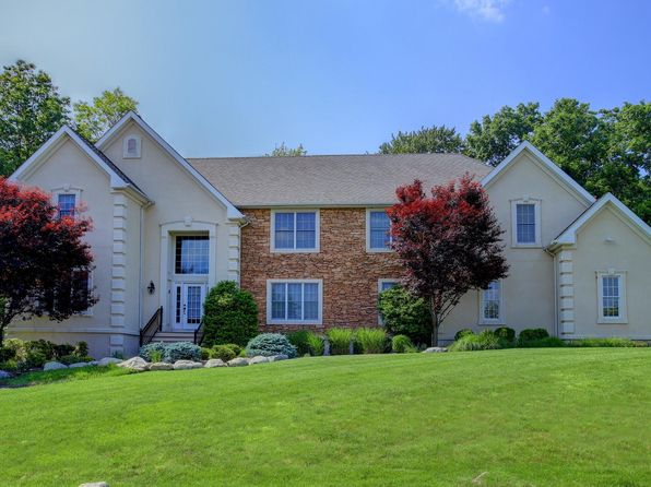 5 bed 4 bath Single Family at 1221 Rahway Rd Scotch Plains, NJ, 07076 is for sale at 895k - 1 of 25