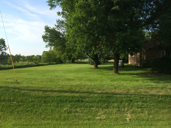 3 bed 2 bath Single Family at 3413 Eaton Rd Green Bay, WI, 54311 is for sale at 598k - 1 of 6