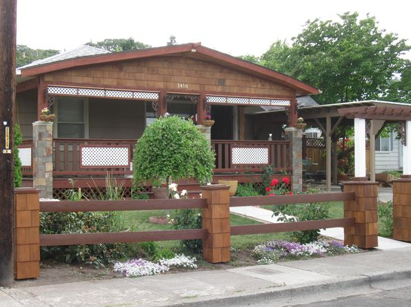 4 bed 2 bath Multi Family at 1416 E 14th St The Dalles, OR, 97058 is for sale at 208k - 1 of 4