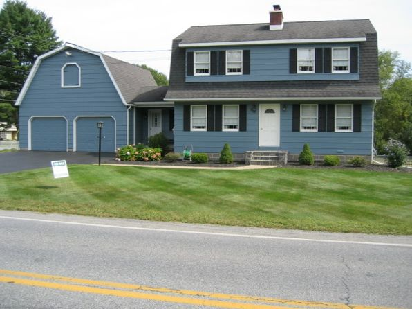4 bed 3 bath Single Family at 920 W Mountain Rd Queensbury, NY, 12804 is for sale at 255k - 1 of 33