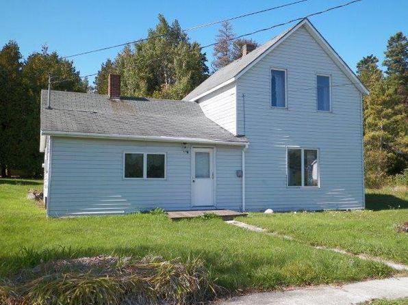 3 bed 1 bath Single Family at 115 N Erie St De Tour Village, MI, 49725 is for sale at 32k - 1 of 13