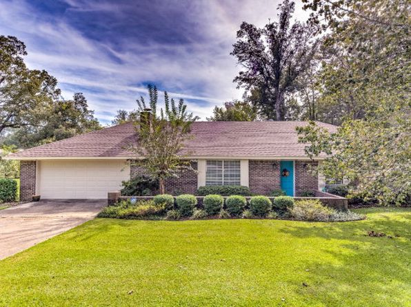 4 bed 2 bath Single Family at 504 Oakwood Dr Vicksburg, MS, 39180 is for sale at 165k - 1 of 21