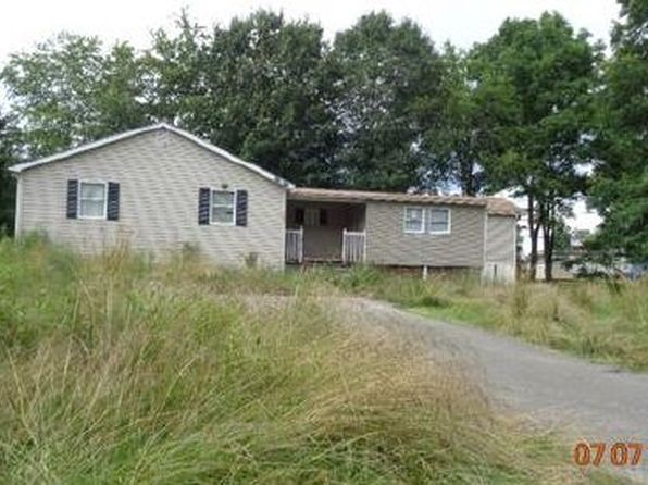 4 bed 2 bath Mobile / Manufactured at 1304 3rd Ave Latrobe, PA, 15650 is for sale at 63k - google static map