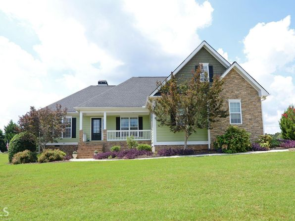 3 bed 2 bath Single Family at 137 Yorkshores Dr Hartwell, GA, 30643 is for sale at 275k - 1 of 18